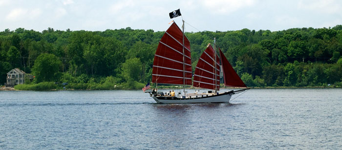 Door County Sailing - Friendly Schooner
